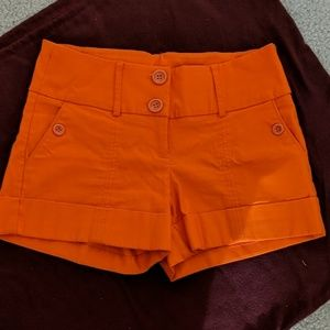 2b orange shorts